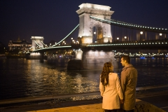 Engagement Photo in the Autumn-Winter Budapest