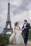 Paris, Eiffel Tower Wedding Photographer