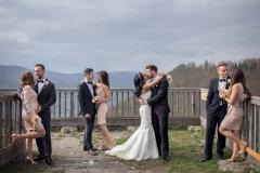 Esküvői Csoportkép Koszorúsokkal